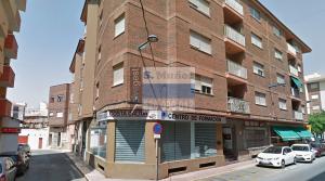 Alquiler de garaje en Calle La Vía