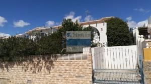 Casa con parcela en Camposol