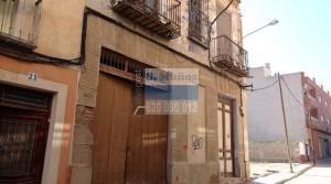 Terreno con edificación en Mazarrón