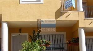 Amplio duplex con plaza de garaje junto a Molinete