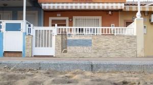 Fantástica casa en 1ª línea de playa
