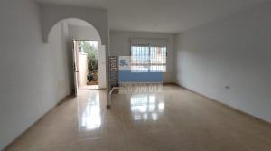Estupenda casa en Calle Lorca